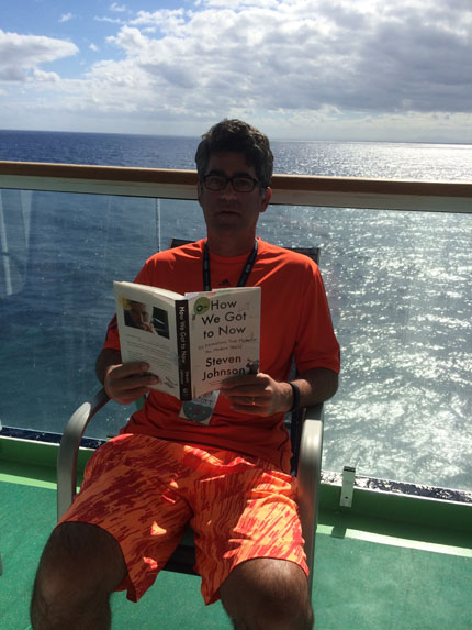 Reading_on_vacation